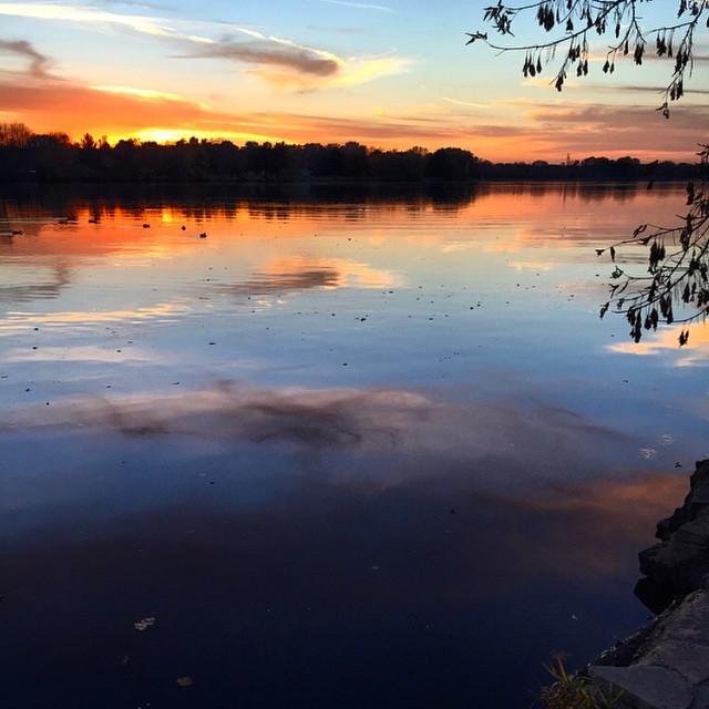 SunsetReflect